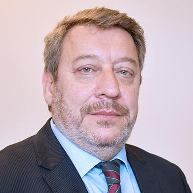 Dr. Alfredo Cabrera