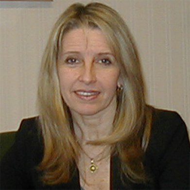 Cra. María Elvira Domínguez Alonso