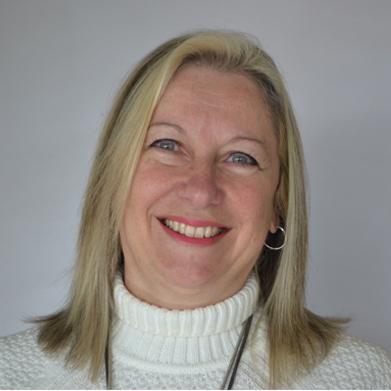 Cra. Adriana Scardino