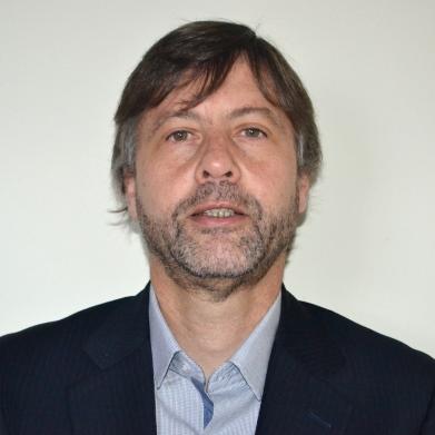 Dr. Álvaro Nodale