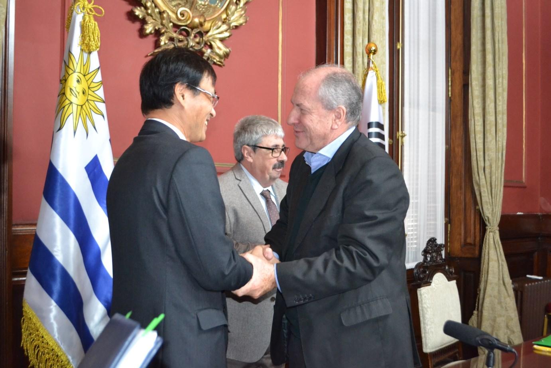 Firma de Convenio de Seguridad Social entre Uruguay y Corea del Sur