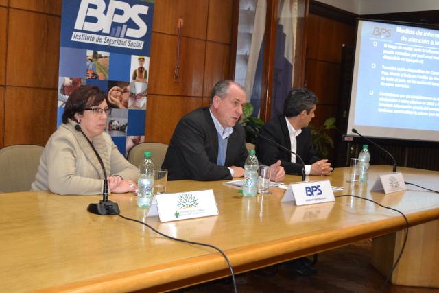 Foto 3 - Devolución de Excedentes de Aportes al FONASA